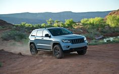 If you've never been to Moab, Utah, it needs to be on your bucket list. Read on to learn more on the Jeep Mopar vehicles brought to you by the Truck and SUV experts at Truck Trend. Grand Cherokee Lifted, Jeep Cherokee, Jeep Tops, Jeep Life, Dream Garage, Jeep Wrangler, Fast Cars, Mopar, Offroad