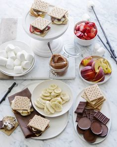 S'mores Bar ~ 16 DIY Food and Drink Stations for Your Next Party via Fancy Desserts, Delicious Desserts, Dessert Recipes, Yummy Food, Nutella, Chocolates, Yummy Treats, Sweet Treats, Food Stations