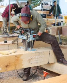 timber framers gather to construct public pavilion green homes timber frame toolstimber