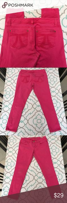 """💗👖Lovely Pink Seven7 Skinny Jeans👖💗8P 7/8 29 💗👖Lovely Seven7 Jeans👖💗 Skinny. Beautiful Pink Color. Size 8P (7/8) Petite. (29). Short 27.25"""" Inseam. Ankle Length. 7.75"""" Rise. 15.25"""" Across Back. Great Stretch. Slightly Faded. Light Stains at back of knees. Small Hole in interior pocket. Preloved! Very Good Used Condition. Fun! Gorgeous! Lovely! Ask me any questions! : ) Seven7 Jeans Ankle & Cropped"""