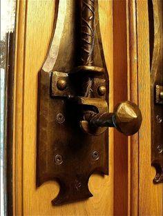 Sparks Will Fly Forge - Hardware Door Knockers, Door Knobs, Door Handles, Door Lock System, Gate Latch, Key Lock, Dresser Knobs, Blacksmithing, Wrought Iron