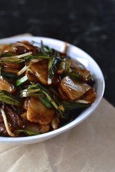 Steak and Scallion Rice Cake Stir-Fry