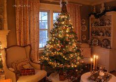 Aiken House & Gardens: English Country Christmas