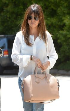 525f65eec56c Kourtney Kardashian with her  Givenchy  Antigona bag Givenchy Antigona
