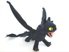 "How To Train Your Dragon Deluxe 17.5"" X 21.5"" Figure NIGHT FURY TOOTHLESS Figure Plush Doll Soft Toy collectible -UK XTRAFUN ESSENTIAL: Amaz..."