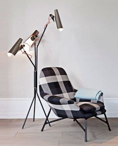 Reading Space With Jackson Mid Century Floor Lamp | #InteriorDesign #Decor #FloorLamp #Heritage For more inspiring images, click here: http://www.delightfull.eu/en/