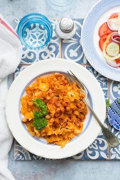 Nyári krumplis tészta salátával recept Russel Hobbs, Chana Masala, Curry, Ethnic Recipes, Food, Curries, Essen, Yemek, Meals