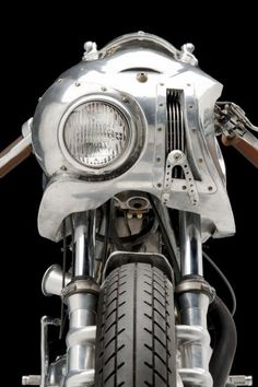1974 Ducati 750cc Sport - Blogged: Is it just me or does this #motorcycle look like a cyborg? http://www.motorbooks.com/motorbooks-blog/The-Flash-A-Customized-1974-Ducati-750cc-Sport/246