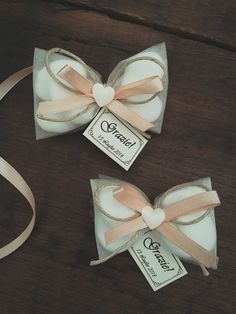 Scented Soy Candles for wedding favors and gift ideas. First Holy Communion Cake, First Communion Favors, Première Communion, Bonbonniere Ideas, Wedding Favors, Wedding Gifts, Candy Favors, Wedding Confetti, Party Guests