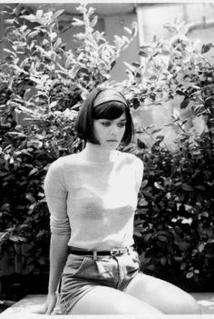 Natasha Khan (Bat for Lashes)  her style is flawless