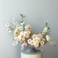 Like These Ideas Visit Us For More Wedding Flower Inspirations wedding flower ideas wedding ideas is part of White floral arrangements - White Floral Arrangements, Flower Arrangement Designs, Beautiful Flower Arrangements, Wedding Flower Arrangements, Floral Centerpieces, Floral Bouquets, Wedding Centerpieces, Flower Designs, Beautiful Flowers