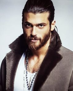 Mode Masculine, Gorgeous Men, Beautiful People, Gq Magazine Covers, The Good Witch, Beard Lover, Turkish Actors, Turkish Men, Attractive Men