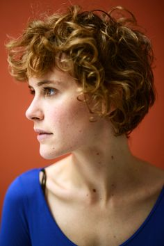 Carla Juri    The star of this year's indie favorite Wetlands TMIs her way through life with a short, boyish mop of messy curls. Her style looks like she cut it herself in the best kind of way, and we're glad to see her embracing the still-going dirty-hair trend. It doesn't work for everyone — but it does for her.
