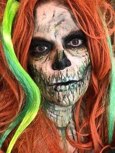 St Patrick's Day skeleton Halloween Stuff, Halloween Face Makeup, Horror Makeup, St Patrick, Skeleton, Fictional Characters, Art, Art Background, Kunst