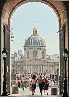 Le pont des arts et l'Institut de France, Paris