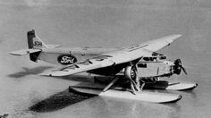 A Ford também testou o Trimotor como hidroavião (Domínio Público)