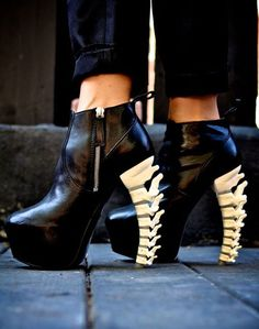 DSquared2 spine shoes