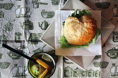 Na cozinha com a Filipa: Hambúrguer de porco com cebola