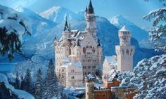 Neuschwanstein Castle Bavaria in Winter Fairytale Castle, Cinderella Castle, Snow Castle, Real Cinderella, Princess Castle, Mt St Michel, Winter Schnee, Château Fort, Germany Castles