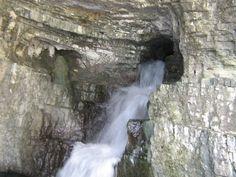 Grotta dello Schievo-Parco Nazionale d'Abruzzo Lazio e Molise