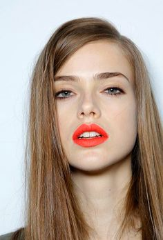 coral lips- I love coral and blue eyes, it's just so bright.