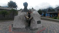"""José Martí. Ciudad de la Mitad del Mundo. Ecuador. """"Injertese en nuestras repúblicas el mundo:  pero el tronco ha de ser el de nuestras repúblicas"""""""