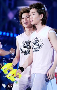 Onew and Taemin - SHINee