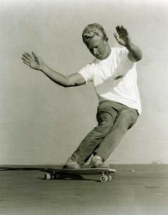 """Skip Frye by Ron Church. This image was used in a Gordon and Smith advertisement for their """"Flexible"""" skateboard. Old School Skateboards, Vintage Skateboards, Skate Fish, California Surf, Southern California, Vintage Surf, Vintage Men, Surf Style, Skate Style"""