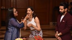 Deepika Padukone birthday celebrations made her day. She celebrated her with hubby Ranveer Singh at the Mumbai airport. Mumbai Airport, Ranveer Singh, Birthday Celebrations, Bollywood News, Deepika Padukone, Have A Great Day, How To Memorize Things, Couples, City