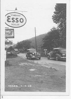 Traveling to Gatlinburg is often a great way to say you are going to the mountains. Read about the Great Smoky Mountains here. Tennessee Smokies, Gatlinburg Tennessee, Gatlinburg Fire, Newport Tennessee, East Tennessee, Old Pictures, Old Photos, Cades Cove, Back Road