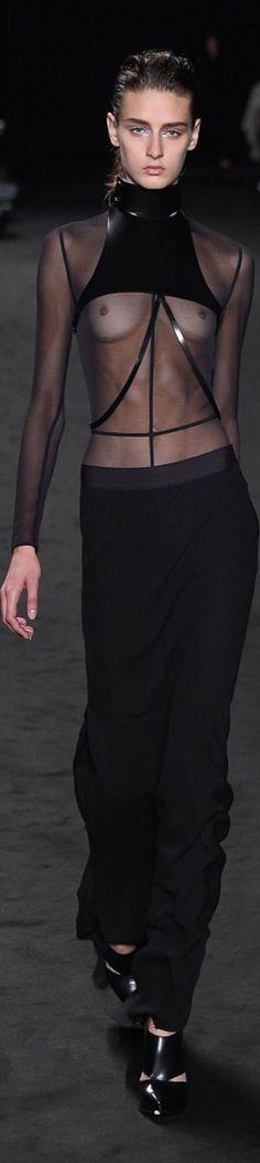 Ann Demeulemeester-Fall 2016 Ready-to-Wear