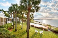 This Little Known Spot In South Carolina Will Make You Feel Like You're On A Tropical Vacation
