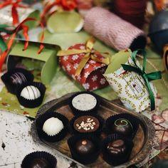 Falta pouco para o Natal! 😱 Corre aqui para o @uberlandiashopping que estamos te esperando! 🎄🎁✨🍫 #NatalCiaMineiradeChocolates #PresenteieChocolate #Natal #Christmas #Xmas #Chocolate