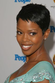 Malinda Williams with short hairstyle
