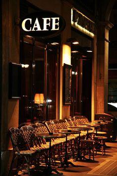Café at night Coffee Cafe, My Coffee, Coffee Shops, Nespresso, Coin Café, Café Chocolate, Sidewalk Cafe, Cafe Bistro, Slice Of Life