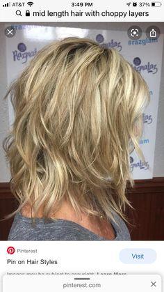 Medium Choppy Layers, Medium Length Hair With Layers, Medium Layered Hair, Mid Length Hair, Haircuts For Medium Hair, Medium Hair Styles, Long Hair Styles, Haircut Trends 2017, Mod Hair
