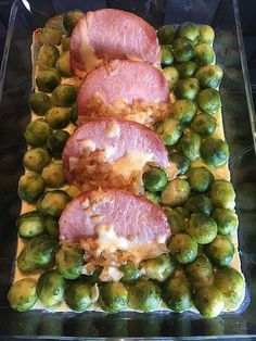Rosenkohl-Kasseler-Auflauf Brussels sprouts and casserole, a very nice recipe from the category vegetables. Ratings: Average: Ø Healthy Chicken Recipes, Pork Recipes, Pasta Recipes, Crockpot Recipes, Salad Recipes, Vegetarian Recipes, Dinner Recipes, Recipe Chicken, Meal Recipes