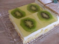 Kiwi rezy Kiwi, Dessert Recipes, Desserts, Food And Drink, Cupcakes, Candy, Cookies, 3, Sweet
