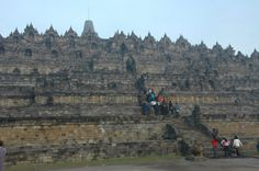 Borbodur – The Largest Temple in The World Built in Honor of The Buddha #makealivingliving #dreambig #viptravelclub #indonesia