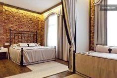 AMAZING HOUSE NEAR GALATA 5 BR-GRDN in Istanbul