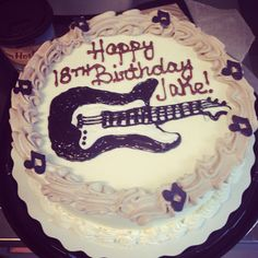 Freehand guitar cake