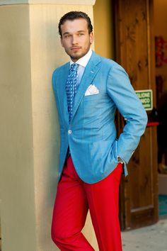 I never thought I could love bright pants, but like this? YES.