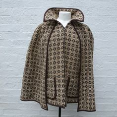 Fall wool patterned cape browns