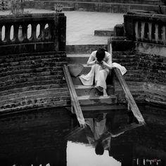 Sự quyến rũ bản năng, vô tình #hangtran #vietnamese #beauty #ao #dai #traditional #dress