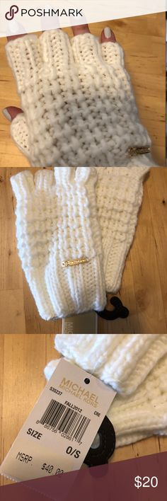 MICHAEL Michael Kors Fingerless Gloves NWT MICHAEL Michael Kors Fingerless Gloves. MICHAEL Michael Kors Accessories Gloves & Mittens