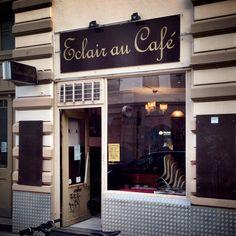 Éclair Au Café in Hamburg, Hamburg Places To Eat, Cool Places To Visit, Eclair Au Cafe, Hamburg City, Shop Facade, Cafe Bistro, Coffee Love, Cafe Restaurant, Four Square