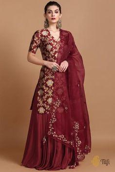 Lehnga Dress 847099011147721681 Source by dresses . - Lehnga Dress 847099011147721681 Source by dresses indian Source by GGertrudeHumeMode - Sharara Designs, Kurta Designs Women, Kurti Designs Party Wear, Designer Party Wear Dresses, Indian Designer Outfits, Pakistani Dress Design, Pakistani Dresses, Eid Dresses, Pakistani Bridal