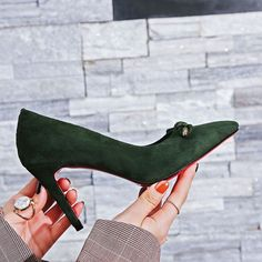 suede pumps . . . . . Ins Amazing #shoes #women #pumps #heels #bow #stilettos #party #leather #green #fashion #strappy #luxury #sexy #instagood #footwear #highheels #roseshoes #fashionaddict #Heelsaddict #fashionblogger #fashionlover #style #styleoftheday #streetstyle #outfit #outfitoftheday #styleblogger #womensweardaily