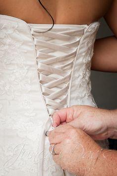 Juneau Davis Photography   Schroeder-Strickler Wedding - Juneau Davis Photography
