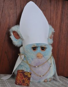 furby has become Catholic. Stupid Memes, Dankest Memes, Funny Memes, Gremlins, Reaction Pictures, Funny Pictures, Creepy, Scary, Cursed Images